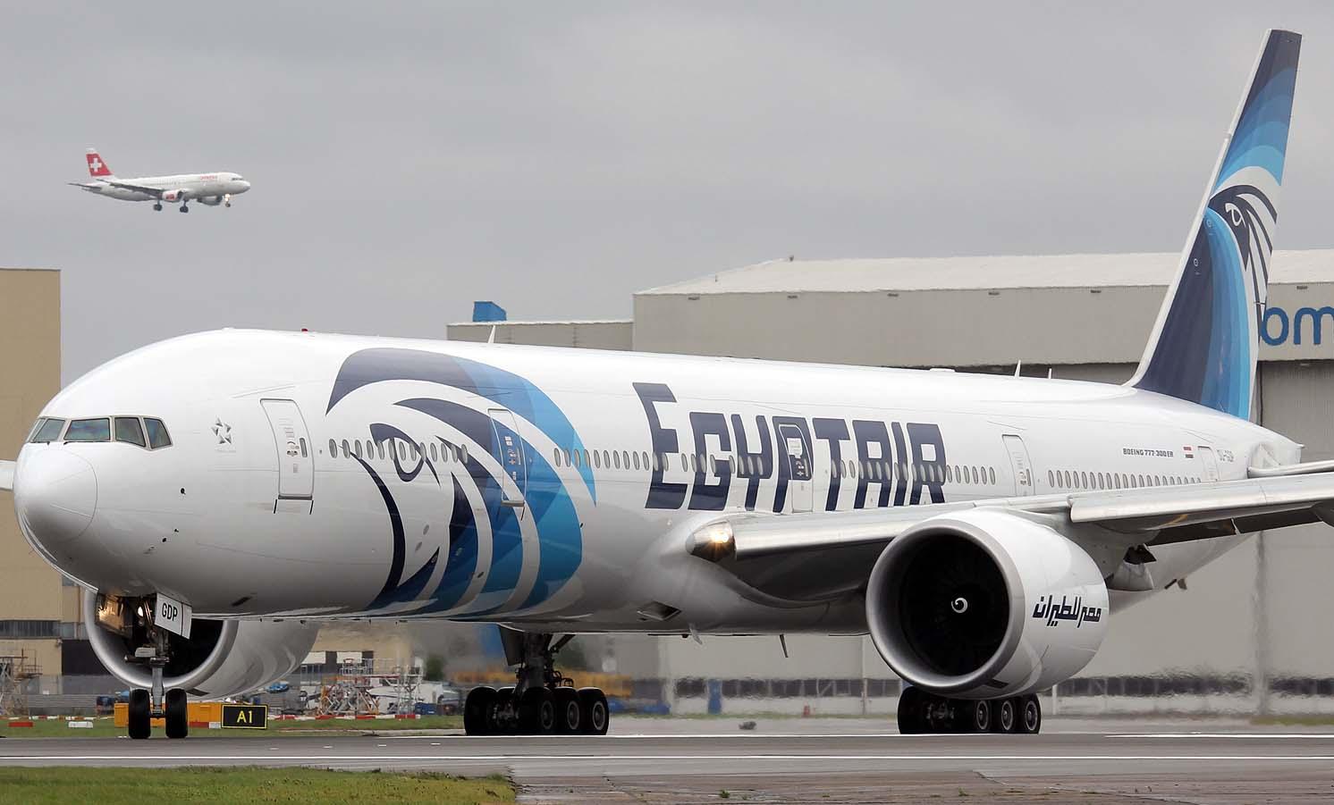 تسيير أولى رحلات عودة المصريين العالقين في الكويت إلى القاهرة