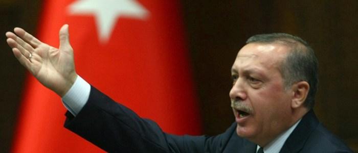 """أردوغان يراوغ.. تصريحات ساخرة عن مصير """"المليارات المفقودة"""""""