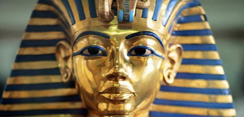 وزير الآثار يعلن موعد نقل قناع توت عنخ آمون للمتحف الكبير