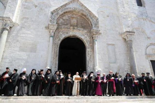 """البابا ينتقد """"اللا مبالاة الفتاكة"""" في الشرق الأوسط"""