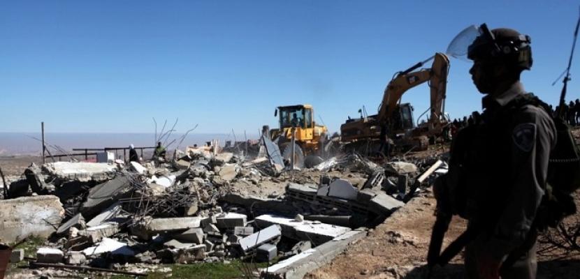 القوات الإسرائيلية تقتحم الخان الأحمر شرقي القدس المحتلة وتهدم قرية مجاورة