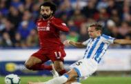 صلاح يقود ليفربول لفوز صعب على هيديرسفيلد