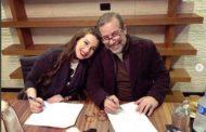 شريف منير يروّج لبرنامجه الجديد بجلسة تصوير مع ابنته..