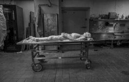 """أول امرأة تتحول إلى جثة رقمية خالدة وهي """"على قيد الحياة"""""""