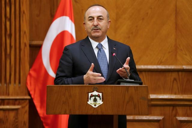 """جاويش أوغلو : تركيا ستستأنف عملية """"نبع السلام"""" إذا لم ينسحب المسلحون الأكراد خلال 35 ساعة"""