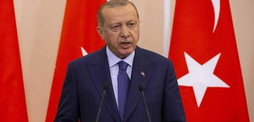 أردوغان يقول إنه يدرس شراء مقاتلات روسية ويعتزم مقابلة ترامب في نيويورك