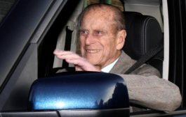 شرطة بريطانيا توجه تحذيرا لزوج الملكة لقيادته دون حزام الأمان