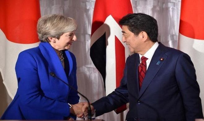 ماي: لندن وطوكيو ستعززان من تدريباتهما العسكرية المشتركة خلال 2019