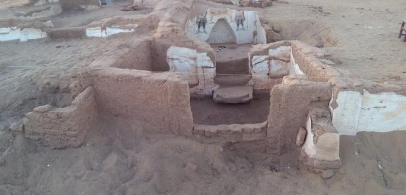 الآثار: الكشف عن مقبرتين أثريتين ترجعان للعصر الروماني بواحة الداخلة