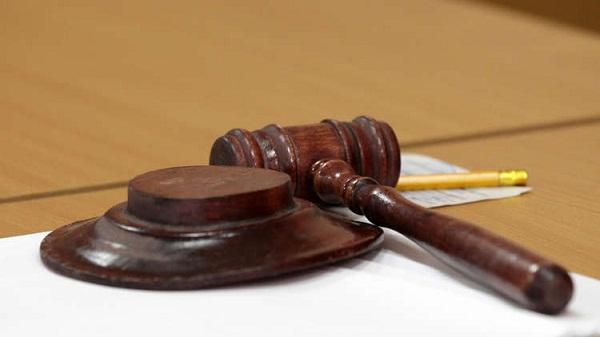 محكمة مصرية تحيل أوراق متهمين للمفتي في قضية قتل رئيس دير الأنبا مقار