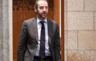 استقالة جيرالد باتس كبير مستشاري رئيس الحكومة الكندية