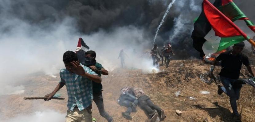 إصابة عشرات من الفلسطينيين بالاختناق فى مواجهات مع الاحتلال شرق غزة