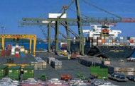 تداول 44 ألف طن بضائع و454 شاحنة بموانىء البحر الأحمر