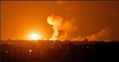 إسرائيل تشن ضربات جوية على غزة بعد إطلاق صاروخين على تل أبيب
