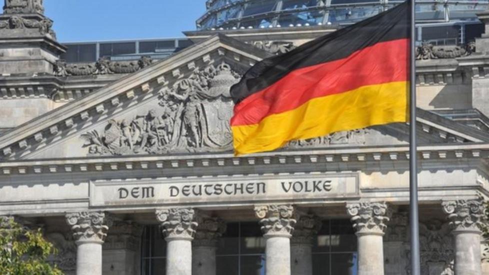 حصري-ألمانيا تؤسس صندوقا لمنع عمليات استحواذ خارجية بعد تحركات الصين
