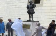 الأمير البريطاني تشارلز يزيح الستار عن تمثال لشكسبير في كوبا