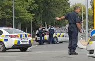 نيوزيلندا تحظر حيازة البنادق نصف الآلية والهجومية بعد مذبحة المسجدين