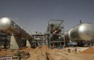 مصدر: السعودية ترفع سعر بيع الخام العربي الخفيف لآسيا في مايو