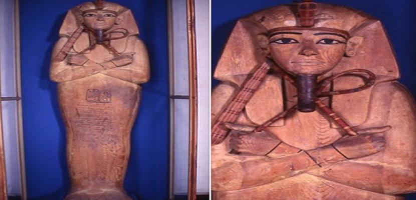 عرض تابوت رمسيس الثاني بالمتحف المصري بالتحرير قبل نقله لمتحف الحضارة