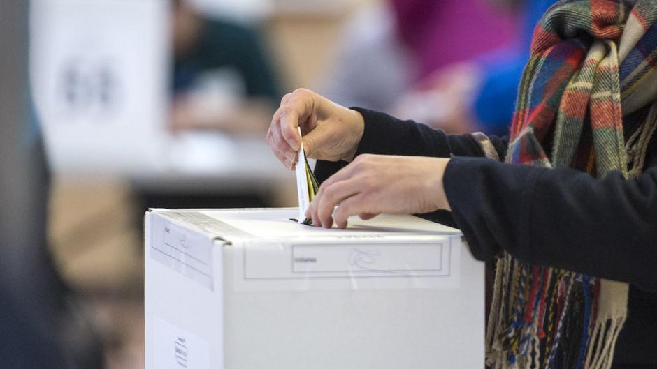 La parité exigée au sein de la réforme du mode de scrutin