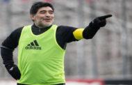 مارادونا يطالب بمقاطعة فيلم عن حياته.. ويغضب من العنوان