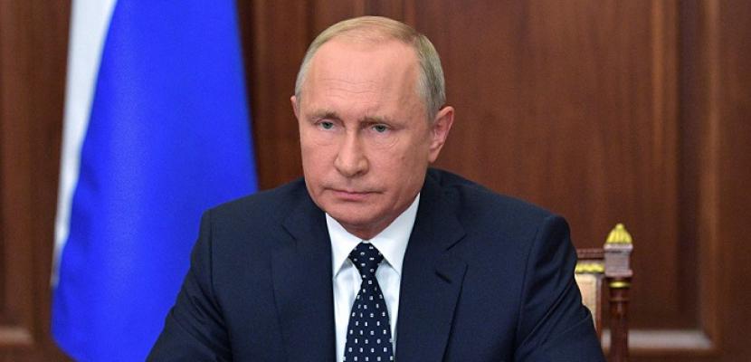 """الرئيس الروسي يدعو دول """"بريكس"""" لتوحيد الجهود لتصنيع لقاح ضد فيروس كورونا"""