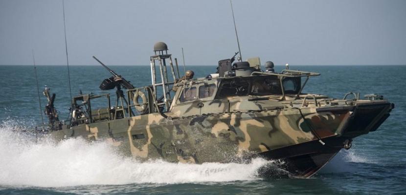 3 سفن إيرانية حاولت اعتراض سبيل ناقلة بريطانية في الخليج.. وطهران تنفي