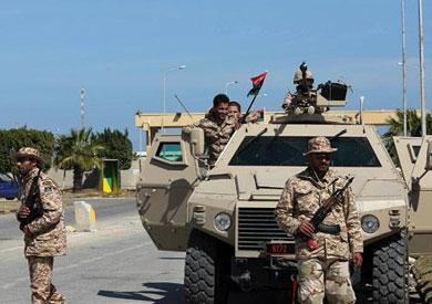 الجيش الليبي يستهدف رتلاً متحركاً للميليشيات المسلحة جنوب غرب البلاد