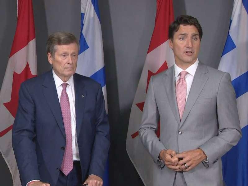 Fusillades : Justin Trudeau rencontre le maire de Toronto