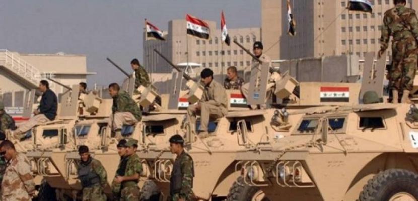 """الجيش اليمني: مقتل 30 حوثيا وتدمير آليات للميليشيا بـ""""نهم"""" شرقي صنعاء"""