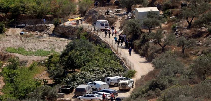 مقتل إسرائيلية وإصابة اثنين في هجوم بقنبلة قرب مستوطنة شمال غرب رام الله