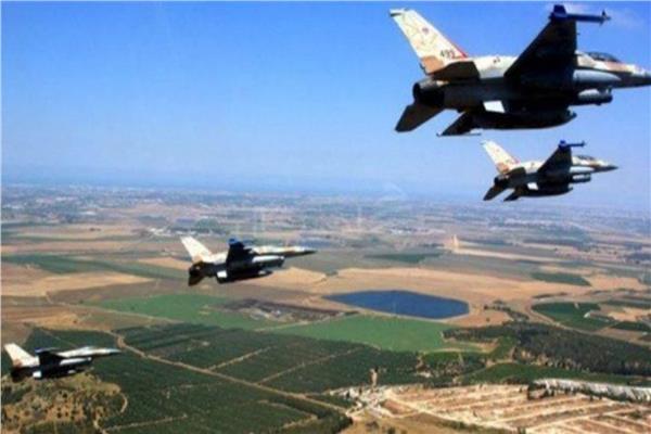 إسرائيل تطلق منطاداً وطائرات استطلاع في الأجواء اللبنانية وسط هدوء حذر