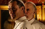 جود لو يقدم لمحة من مسلسله البابوي الجديد بمهرجان البندقية