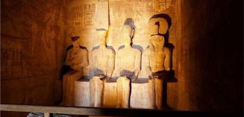 بدء التحضير لحفل تعامد الشمس على تمثال رمسيس الثاني