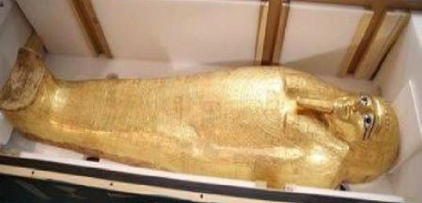 الآثار: عرض التابوت الذهبي للكاهن (نچم عنخ) الثلاثاء المقبل بمتحف الحضارة