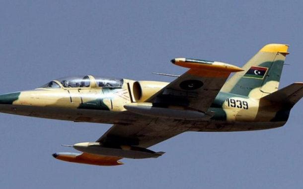 الجيش الليبى يعلن استهدافه مبنى إقامة الأتراك فى مطار مصراتة