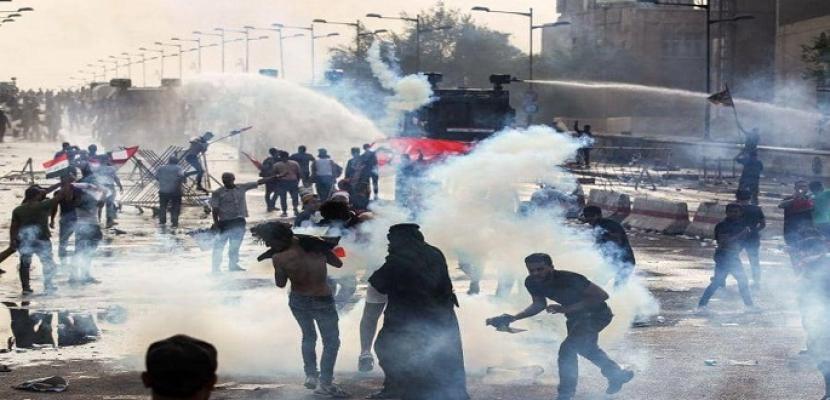 إصابة 5 عراقيين خلال مظاهرة تطالب بتوفير فرص عمل في منطقة الزعفرانية ببغداد