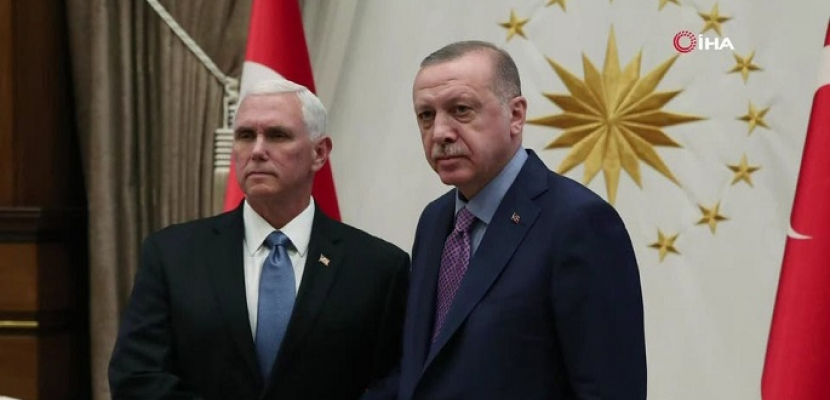 بنس يدعو أردوغان لوقف الهجوم في سوريا