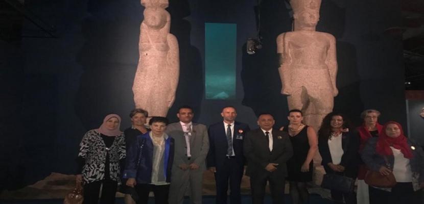افتتاح معرض الآثار الغارقة بلوس أنجلوس بكاليفورنيا