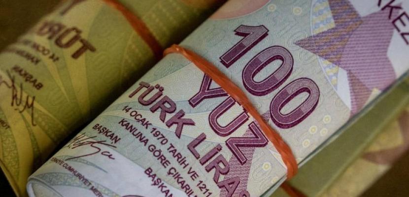 الليرة التركية تتراجع صوب مستويات قياسية متدنية