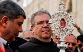 الفاتيكان يهدي قطعة من مزود المسيح إلى بيت لحم