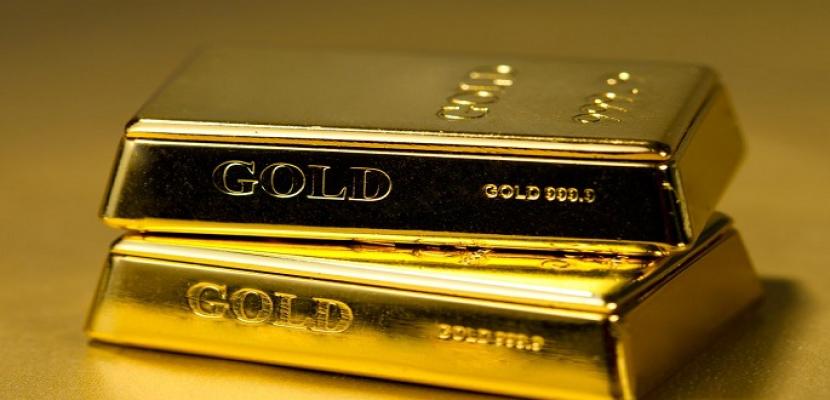 الذهب ينزل عن أعلى مستوى فى 3 أسابيع مع استقرار الدولار