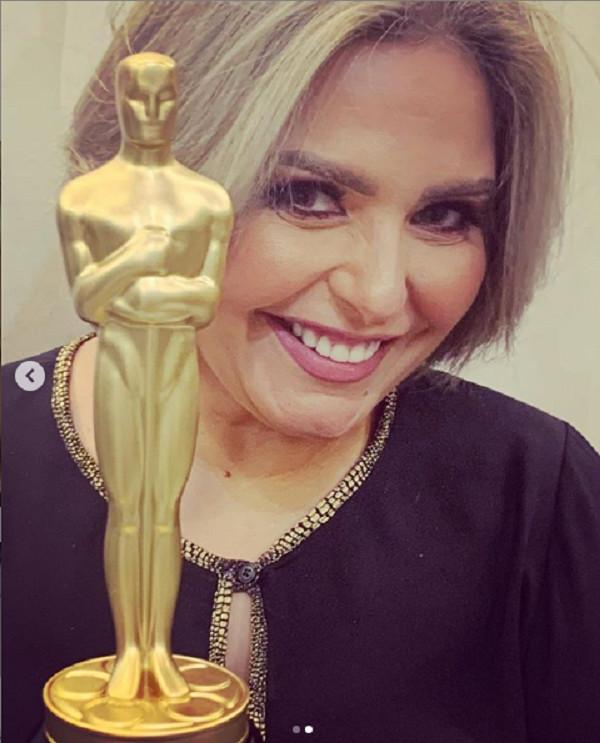 صابرينصابرين في أحدث ظهور بعد تخليها عن الحجاب تحصل على جائزة أفضل ممثل