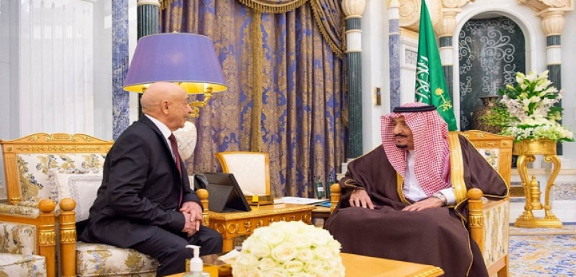 العاهل السعودي يبحث مع رئيس البرلمان الليبي دفع آفاق التعاون الثنائي