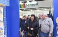 وزيرة الثقافة تتفقد الترتيبات النهائية لافتتاح معرض الكتاب