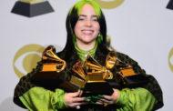 المغنية الشابة بيلي إيليش تكتسح جوائز جرامي الموسيقية