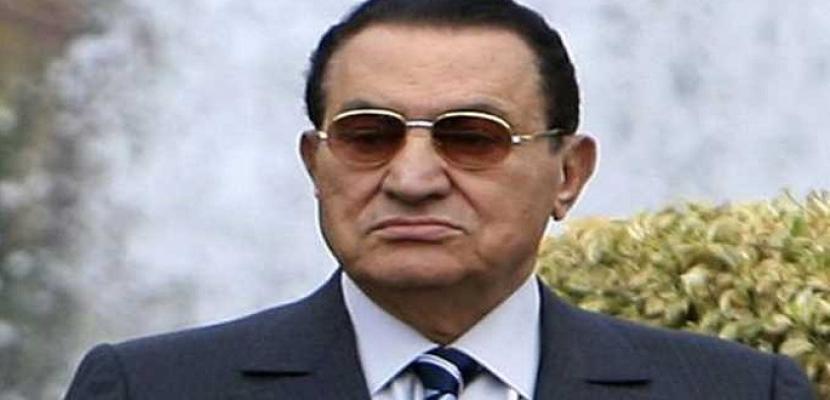 الرئاسة تعلن حالة الحداد 3 أيام على وفاة الرئيس الأسبق مبارك اعتبارا من الأربعاء