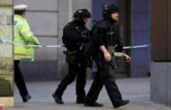 سياسة الشرطة البريطانية تخلي محطة إيستون بوسط لندن