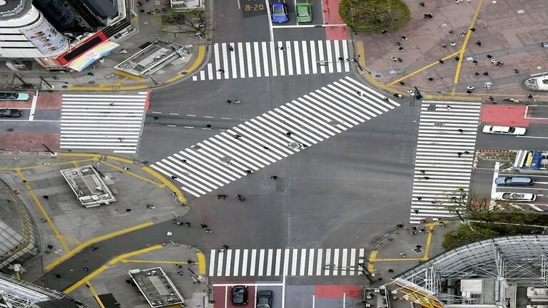 اليابان تعلن حالة الطوارئ بسبب كورونا وتدعم اقتصادها بـ 990 مليار دولار
