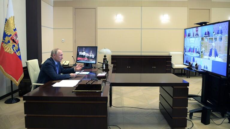 بوتين يدعو لاتخاذ إجراءات استثنائية لمحاربة فيروس كورونا